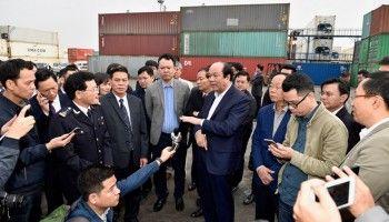 'Chúng ta vô cảm, vô tình bóp chết DN trong vụ container phế liệu'