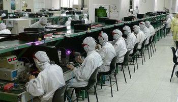 Việt Nam hay Indonesia sẽ có cơ hội thắng trong việc đón nhà máy từ Trung Quốc vào Đông Nam Á?